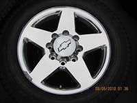 this is a super nice take off set of new 2011 hd 2500 forged wheels
