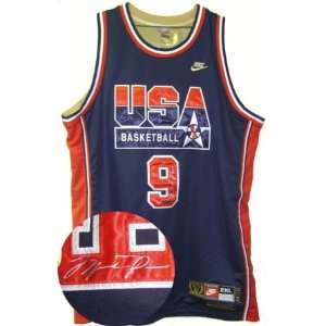 Michael Jordan Signed 1992 USA Jersey LE UDA Sports