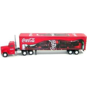 Train Collection Series Kenworth Truck with 45 Trailer #8220 HO Scale