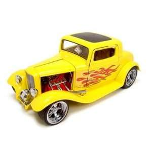 1932 FORD 3 WINDOW COUPE CUSTOM 118 DIECAST MODEL YELLOW