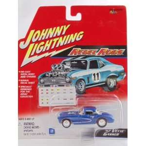 Johnny Lightning   Rebel Rods   1957 Vette Gasser Car with